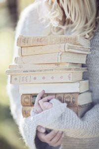 książki zamiast kwiatów na ślub