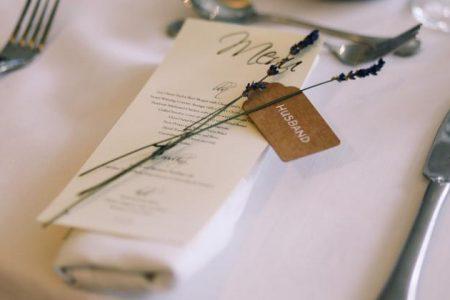 Menu na stołach weselnych - czy jest potrzebne?