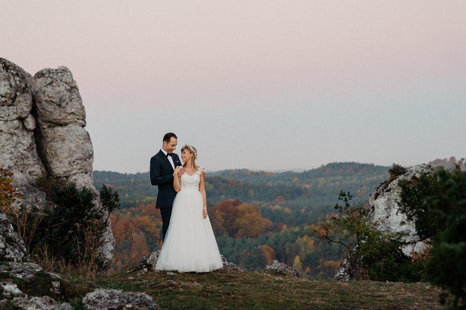 Naturalna sesja małżeńska na górze Zborków