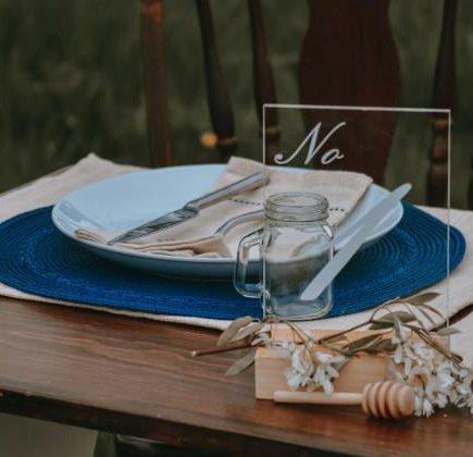 Pomysły na numeracje stołów weselnych